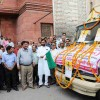 Mobile Vans to Sell Pulses in Delhi
