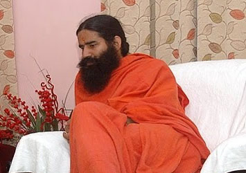 Ramdev Asks Indian Army Chief to Fight Corruption