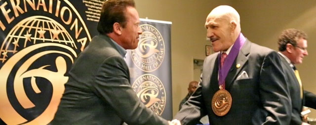 Arnold Schwarzenegger and Bruno Sammartino