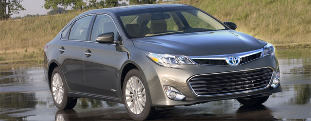 "Toyota Avalon Hybrid Named ""Best Green Car"""