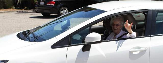 Honda Civic Gifted to 105-Year-Old Woman