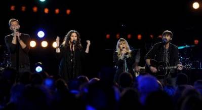 Stevie Nicks and Lady Antebellum in CMT Crossroads