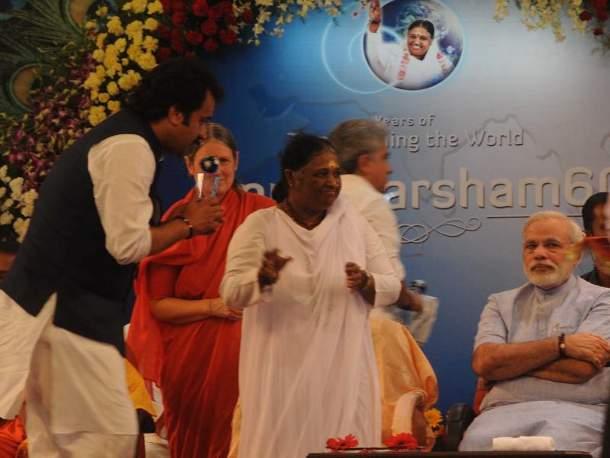 Kuldeep Bishnoi, Mata Amritanandmayi Devi, and Narendra Modi
