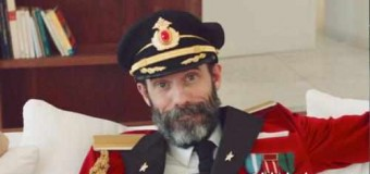 Captain Obvious Stars in Hotels.com Ad Campaign
