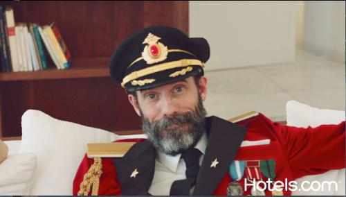 Captain Obvious in Hotels.com Ad