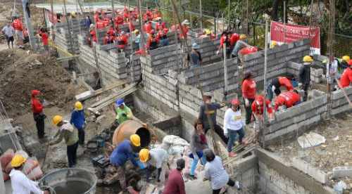 Delta Volunteers Build Homes in Philippines