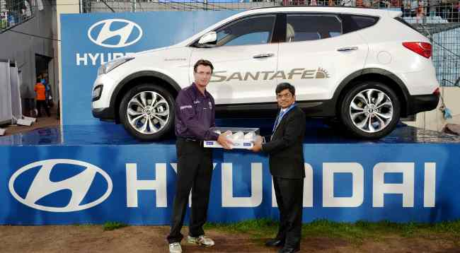 Last Ball hand over by Rakesh Srivastava of Hyundai to the ICC Umpire Rod Tucker