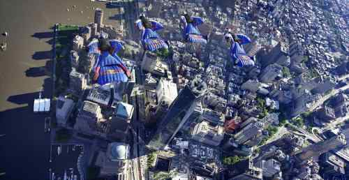 Top Wingsuit Athletes Fly Over Manhattan Skyline