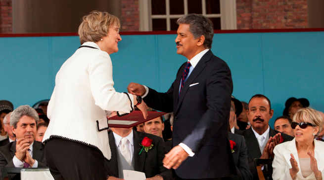 Anand Mahindra Honoured with Harvard Medal