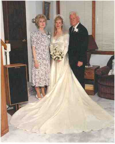 Marge Yourshaw, daughter Barbara Mancini, Barbara's dad Joe Yourshaw in 1994