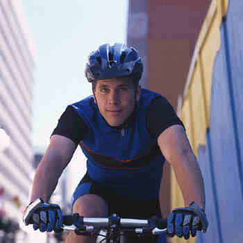 Smart Cycling: 10 Tips for Safe Riding