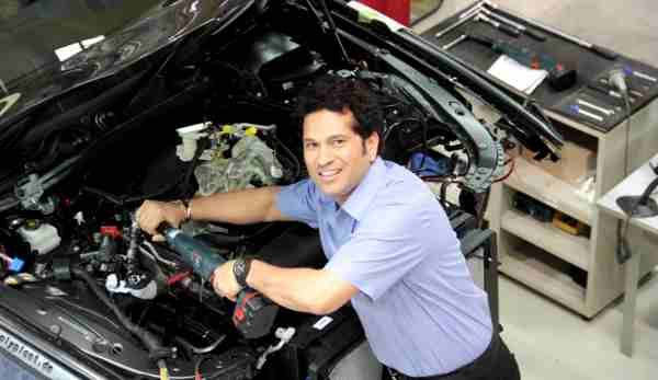 Sachin Tendulkar making a BMW at BMW Plant Chennai