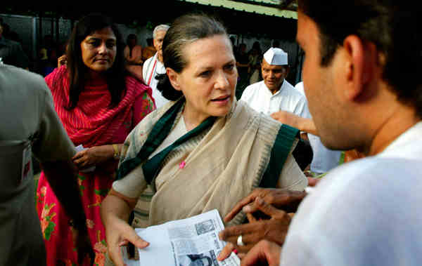 Sonia Gandhi Attacks Modi Government