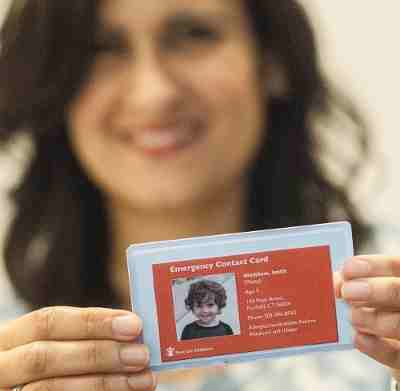 "Save the Children's ""Stay Connected"" campaign calls on parents to create emergency contact cards. These can serve as a lifeline to children when disasters separate families. After Hurricane Katrina, there were 5,000 reports of missing children. Credit: Susan Warner / Save the Children"