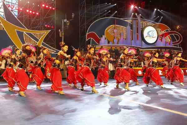The cultural delegation from Jingpo Ethnic Group, Dehong Prefecture, Yunnan province