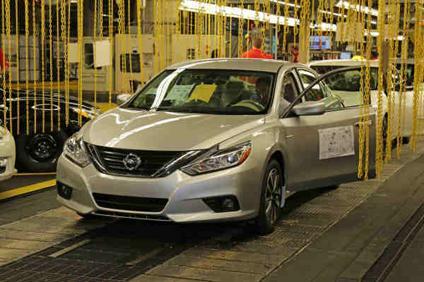 Nissan Altima Production Begins in Smyrna