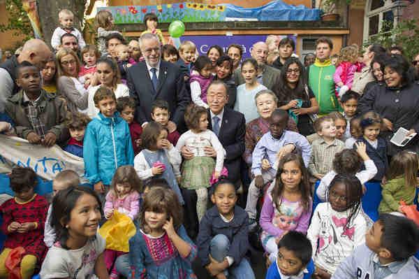 Secretary-General Ban Ki-moon and Madam Ban meet with families of refugees at the Centre Tenda Di Abramo in Rome. UN Photo/Rick Bajornas (file)