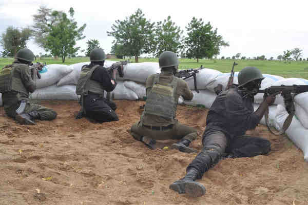 Cameroon military on the lookout for Boko Haram militants in the Far North Kolofata community, along the border with Nigeria. Photo: UN, Monde Kingsley Nfor / IRIN