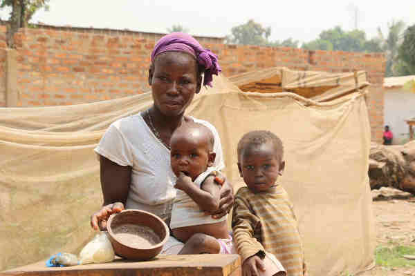 Two and a half million people in the Central African Republic (CAR) are facing hunger. Photo: WFP / Bruno Djoye