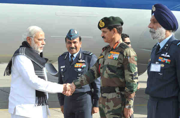 Narendra Modi Visits Terrorist Attack Site in Pathankot