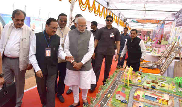Narendra Modi at the launch of Shyama Prasad Mukherji National Rurban Mission, at Kurubhat, Rajnandgaon, in Chhattisgarh on February 21, 2016