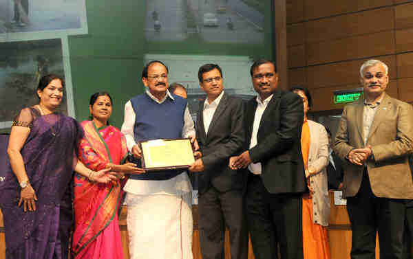 M. Venkaiah Naidu presented the Swachh Survekshan awards in New Delhi on February 15, 2016