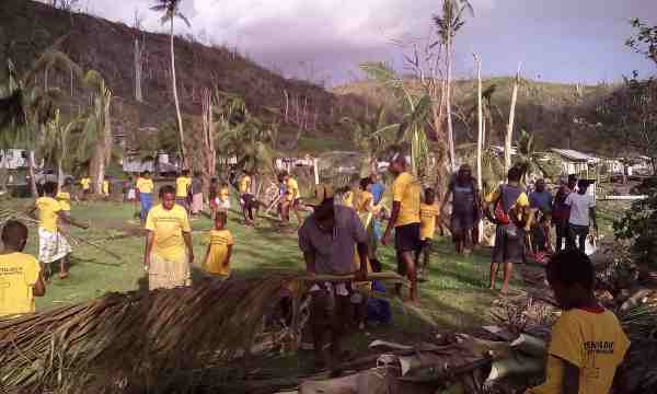 Scientology Volunteers Help Fiji Recover from Cyclone
