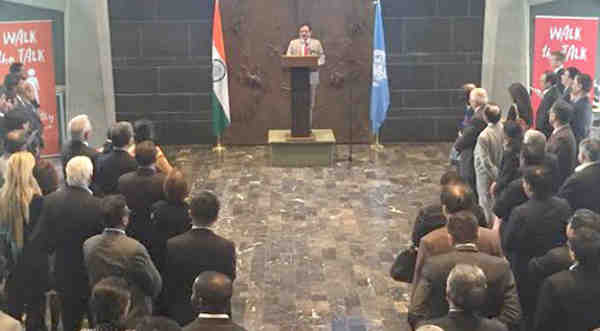 Shripad Yesso Naik addressing at the signing ceremony of the agreement with WHO for collaboration in traditional systems of Medicine, at WHO Headquarter, in Geneva on May 13, 2016