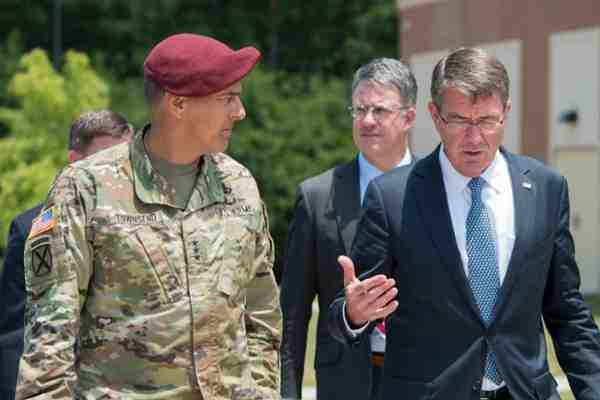 Secretary of Defense Ash Carter speaks with Army Lt. Gen. Stephen Townsend, left, XVIII Airborne Corps commanding general, during a visit to Fort Bragg, N.C., July 27, 2016. Townsend is the incoming commander for Combined Joint Task Force-Operation Inherent Resolve. (DoD photo by Air Force Tech. Sgt. Brigitte N. Brantley)
