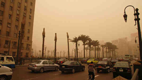 Air pollution in Cairo, Egypt. Photo: World Bank/Kim Eun Yeul