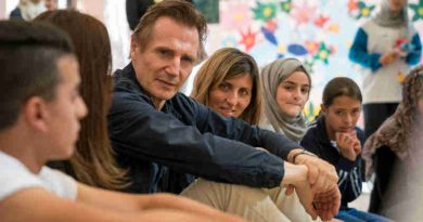 Actor Liam Neeson Meets Syrian Children in Jordan