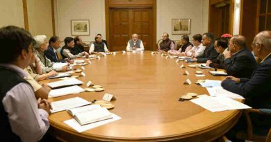Narendra Modi chairing the meeting on demonetization, in New Delhi on November 13, 2016