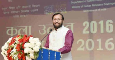 Prakash Javadekar addressing at the inauguration of the Kala Utsav-2016, in New Delhi on November 15, 2016