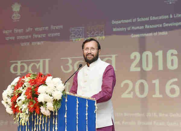 Prakash Javadekar addressing at the inauguration of the Kala Utsav-2016, in New Delhi on November 15, 2016