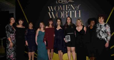 Karen T. Fondu and the 2016 L'Oreal Paris Women of Worth Honorees
