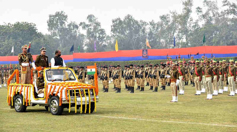 The Minister of State for Home Affairs, Shri Hansraj Gangaram Ahir inspecting the parade, on the occasion of the 70th Raising Day function of Delhi Police, in New Delhi on February 16, 2017. The Police Commissioner of Delhi, Shri Amulya Patnaik is also seen.