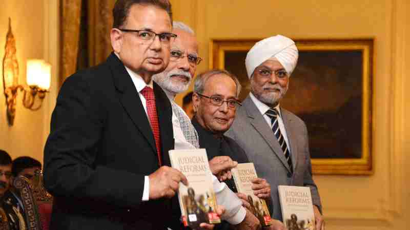 Pranab Mukherjee received the first copy of a book 'Judicial Reforms – Recent Global Trends' on February 22, 2017 at Rashtrapati Bhavan.