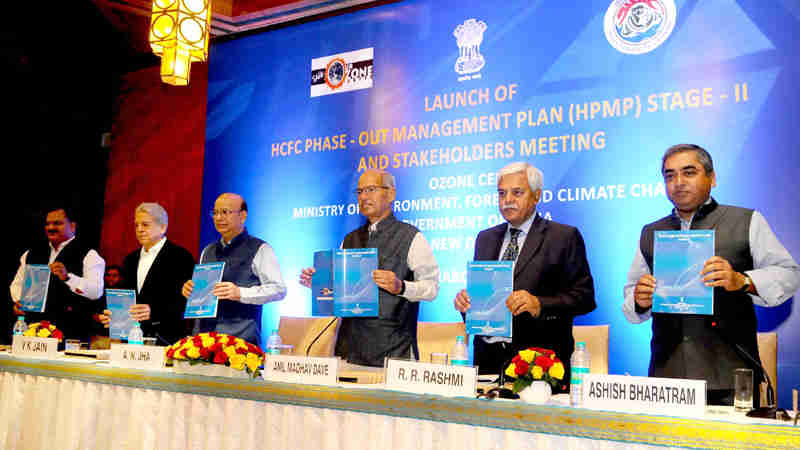 Anil Madhav Dave launching the Hydrochlorofluorocarbon (HCFC) Phase-Out Management Plan (HPMP) Stage-II – India, in New Delhi on March 06, 2017