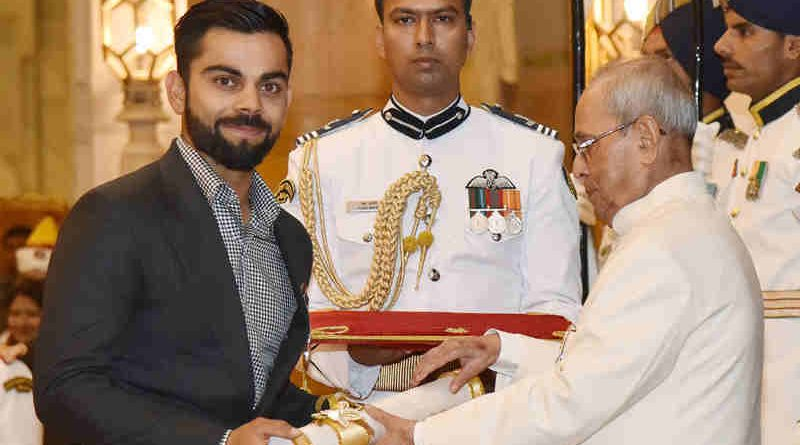 President Pranab Mukherjee presenting the Padma Shri Award to cricketer Virat Kohli, at a Civil Investiture Ceremony, at Rashtrapati Bhavan, in New Delhi on March 30, 2017