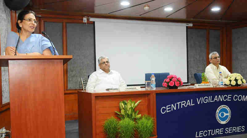 The Member, Competition Appellate Tribunal (CAT), Smt. Anita Kapur delivering the 18th lecture of the CVC 'Lecture Series', on 'Tax Regime for countering Corruption', in New Delhi on April 26, 2017. The Central Vigilance Commissioner, Shri K.V. Chowdary and the Vigilance Commissioner Dr. T.M. Bhasin are also seen.