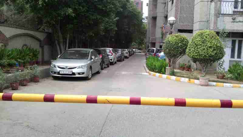 Illegal Car Parking at DPS Housing Society, Sector 4, Dwarka, New Delhi