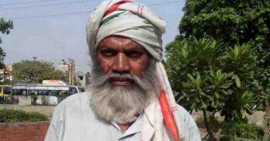 A Poor Citizen of India. Photo by Rakesh Raman