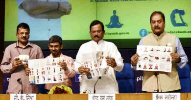 Shripad Yesso Naik releasing the publication at the inauguration of the National Health Editors' Conference on Yoga in New Delhi on June 09, 2017