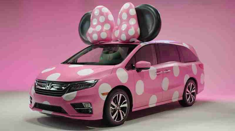"Honda Goes Fashion Forward with Debut Display of One-of-a-Kind ""MINNIE VAN"" – Custom-Designed Odyssey Created for Disney D23 Expo"