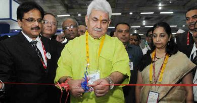 "Manoj Sinha inaugurating the ""India Mobile Congress 2017"" in New Delhi on September 27, 2017"