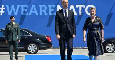 Left to right: NATO Secretary General Jens Stoltenberg arriving with NATO Deputy Secretary General Rose Gottemeoller. Photo: NATO
