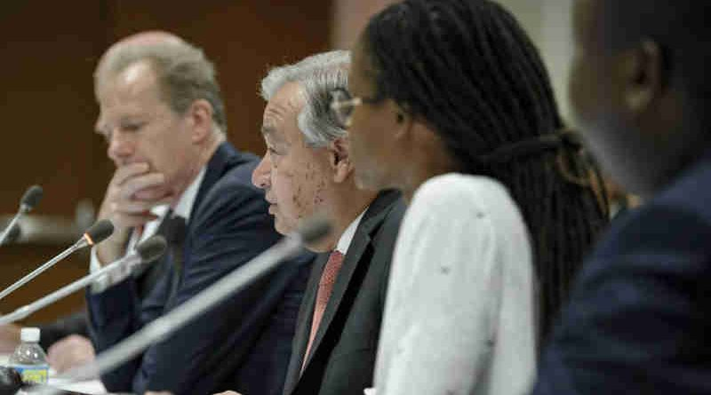 UN Secretary-General António Guterres addresses an event on the occasion of the World Day Against the Death Penalty on 10 October 2017. On his right is Andrew Gilmour, Assistant Secretary-General for Human Rights. UN Photo/Manuel Elias