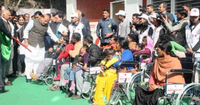 Rajnath Singh presenting the wheel chairs at the inauguration of the Sarai at the Postgraduate Institute of Medical Education and Research, in Chandigarh on January 30, 2018