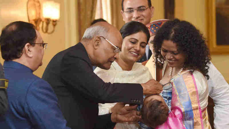 Ram Nath Kovind launching the Pulse Polio Programme by Administering Polio Drops to Children, at Rashtrapati Bhavan, in New Delhi on January 27, 2018