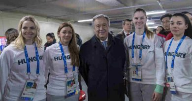 Secretary-General António Guterres meets with athletes at the Olympic village. UN Photo/Mark Garten